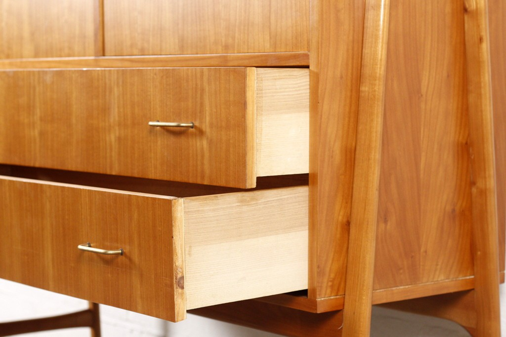 Cabinet by Alfred Henderickxthumbnail