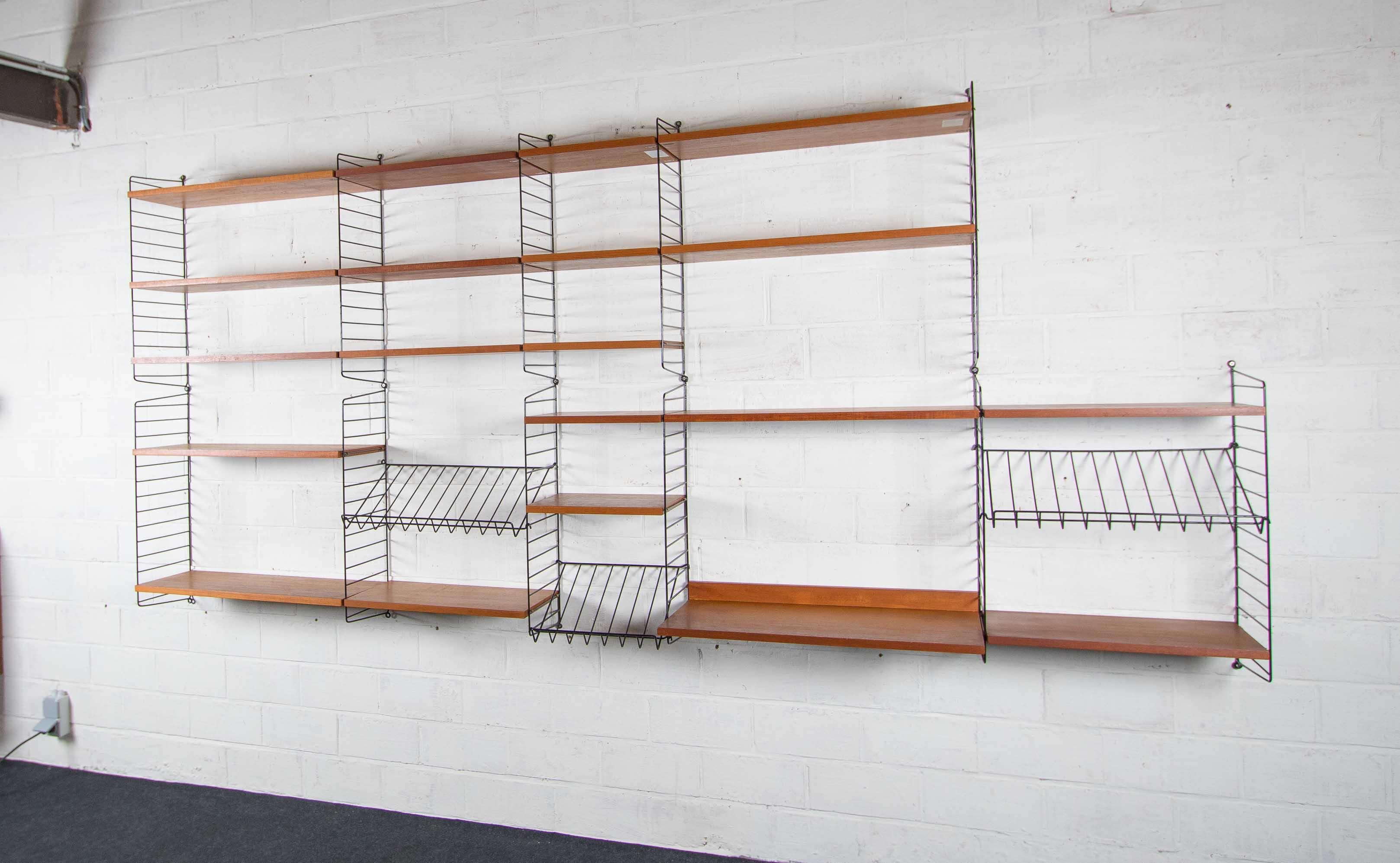 Lagre wall unit Stringthumbnail