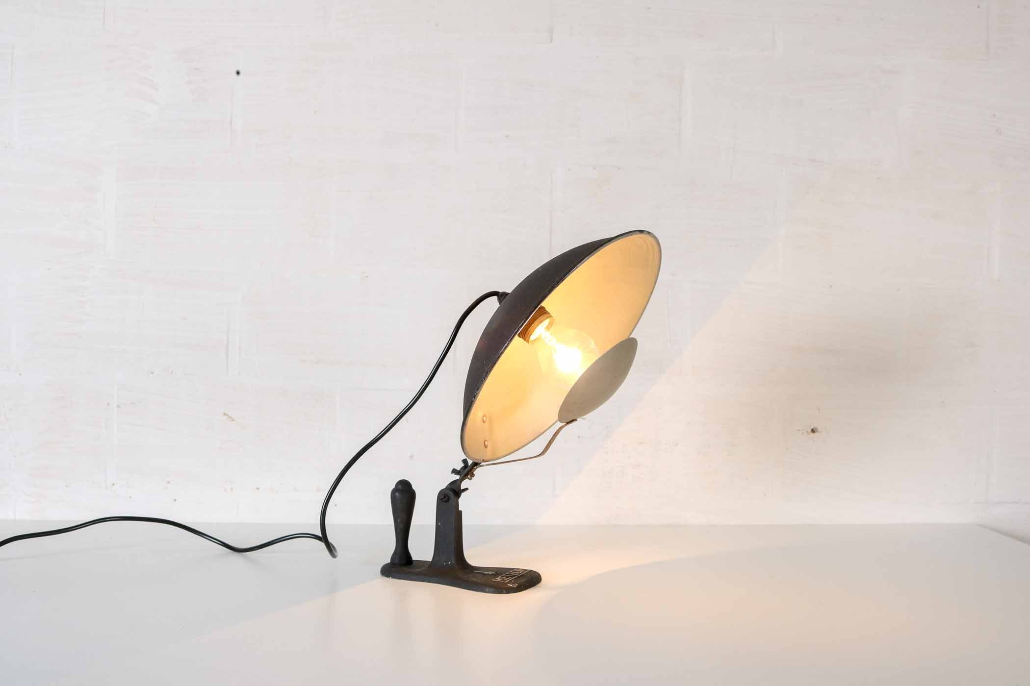 Industrial eclipse table lampthumbnail